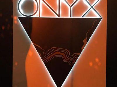 onyx sign elte branding